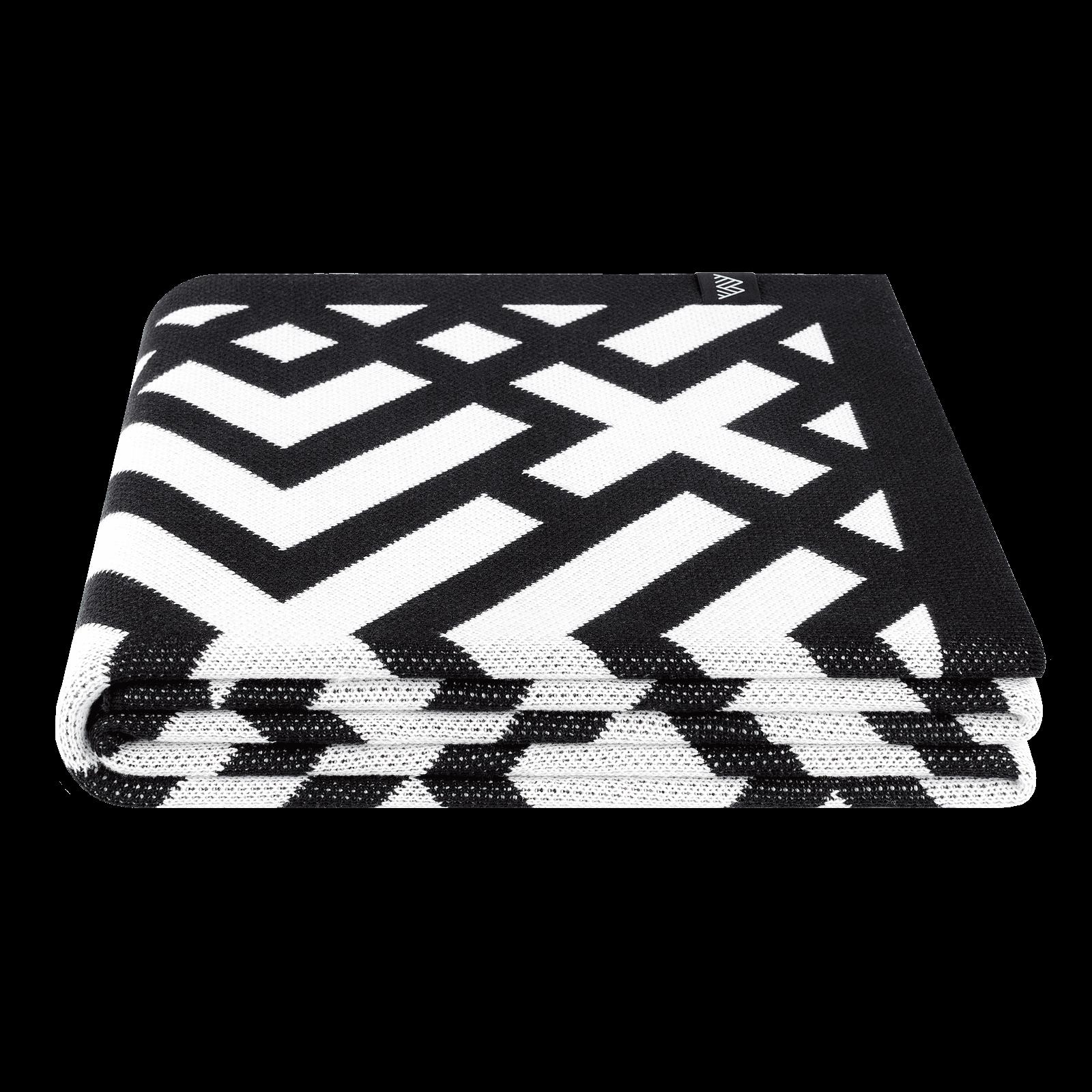 woolkrafts-kross-knit-folded-1600×1600